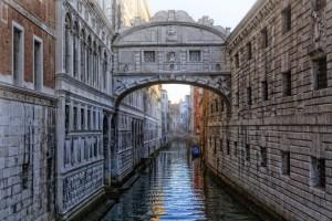 puente-de-los-suspiros-venecia
