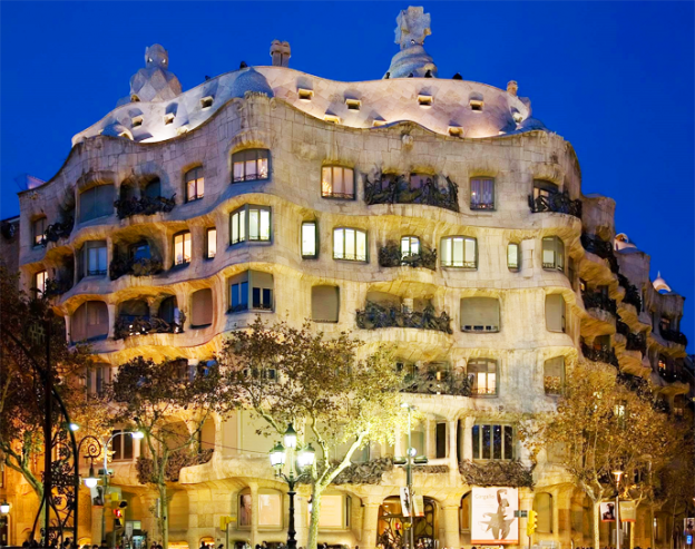 pedrera-barcelona-envío-maletas